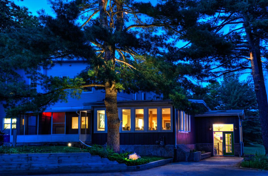 Pine Lodge, Muskoka